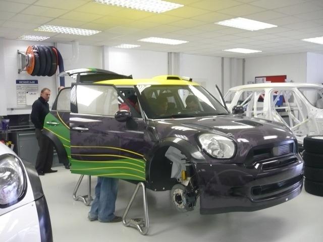 デリバリー進むMINI S2000、BWRTもデビュー(1)