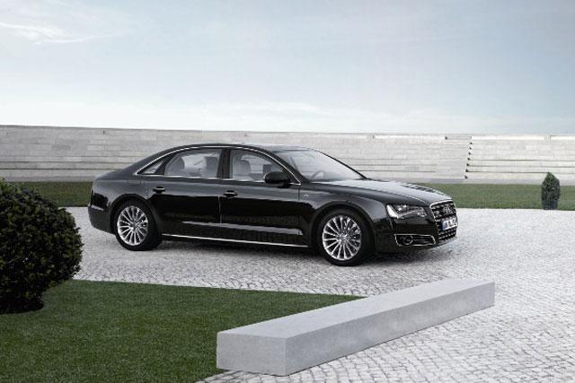 アウディ、A8シリーズの最上級モデルを発売(1)