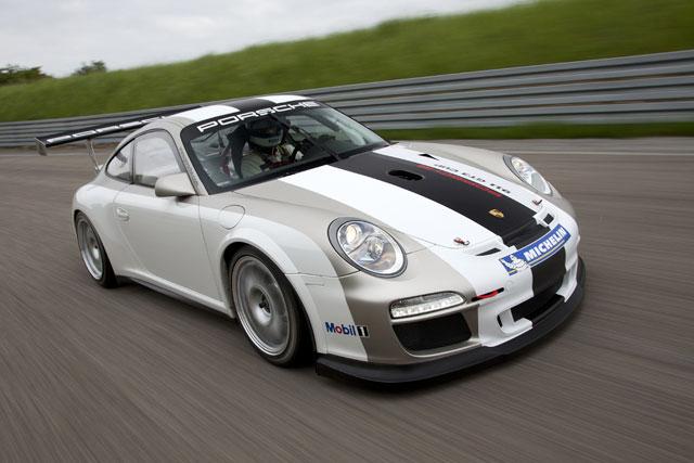 2012モデルのポルシェ911 GT3 Cupは耐久性が向上(1)