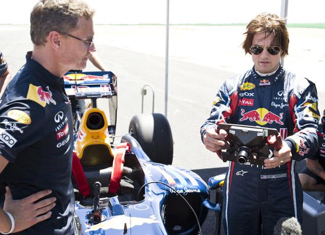 トム・クルーズがレッドブルF1をドライブ(2)