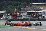 F1 | アロンソ「接触され走り続けられないかと思った」