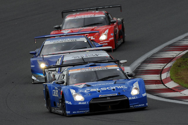 ZENT SC430が劇的逆転V! 地元富士で2年ぶり勝利(3)