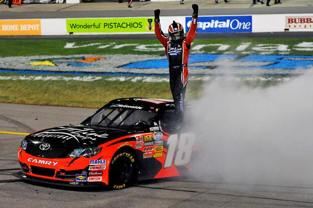 NASCARネイションワイド:Ky.ブッシュが8勝目(1)