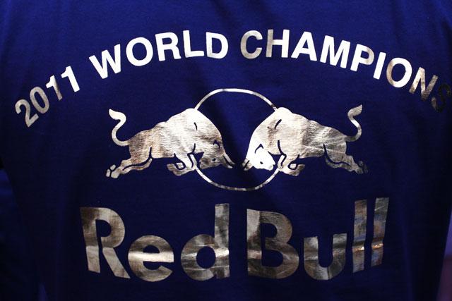 RBR、コンストラクターズ獲得数でルノーと並ぶ(1)