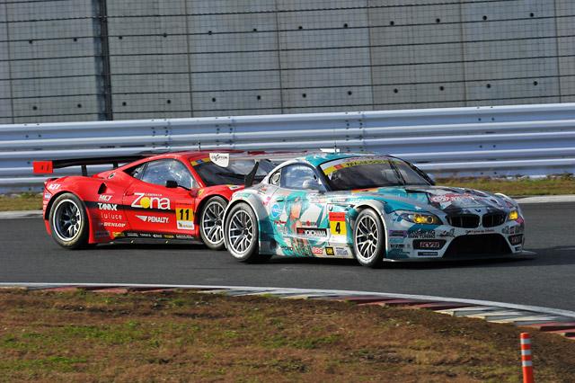 GT300は番場が逆転勝利! ミクZ4がJAF GPを制圧(3)