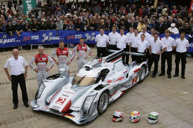 ル・マンの公開車検にアウディ登場、トリはトヨタ(1)