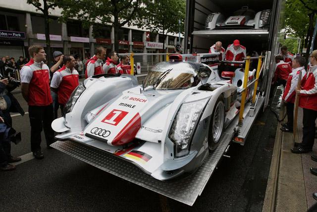 ル・マンの公開車検にアウディ登場、トリはトヨタ(3)