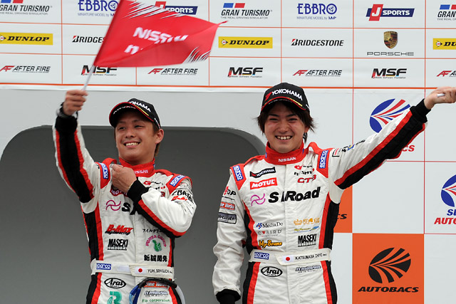 S Road NDDP GT-R、激戦を制しGT300初勝利!(1)