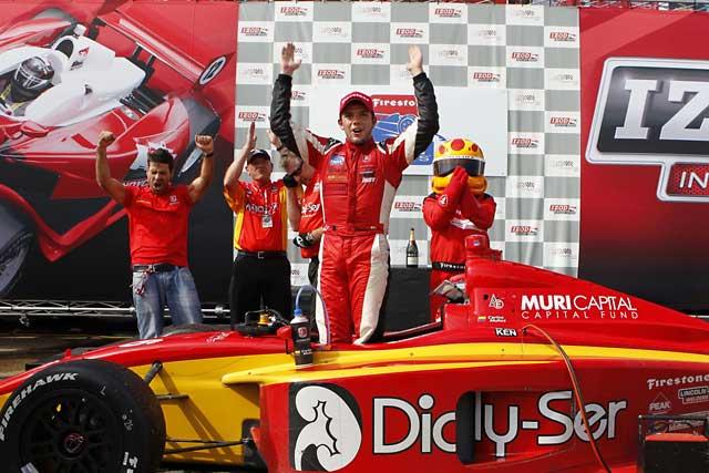 ムニョス、来季のインディ500に挑戦(1)