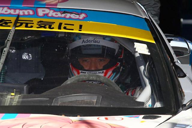 DIJON Racing、SGT最終戦は上位走行も追突喫す(5)