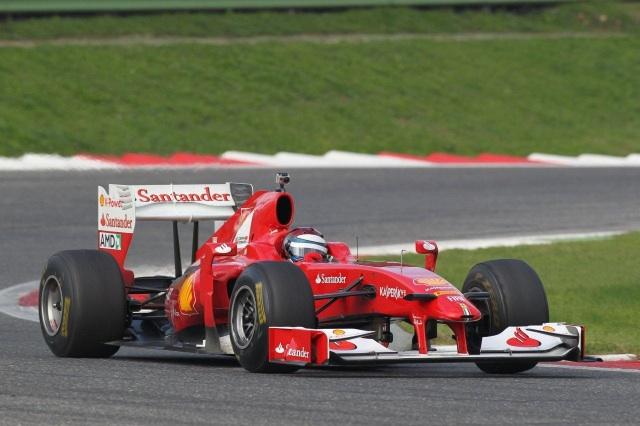 ジュンカデラとチーバーJrがフェラーリF1で初走行