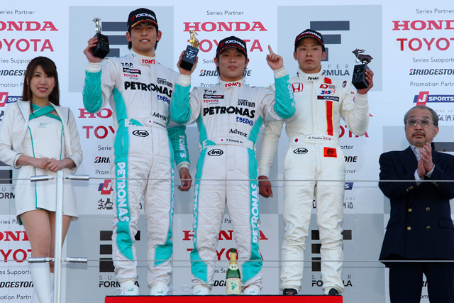 全日本F3第1戦:勝田が嬉しい初の総合優勝を飾る(1)