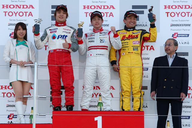 全日本F3第1戦:勝田が嬉しい初の総合優勝を飾る(5)