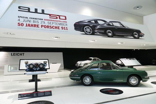 ポルシェ、911の50周年を祝う特別展を開催(4)