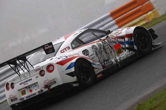 DIJON Racing IS GT-R、SUGOは僅差で得点逃す(2)