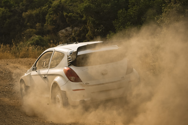 ヒュンダイi20 WRC、グラベルテストを実施(3)
