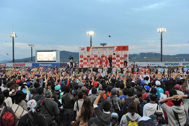 立川/平手が3位でGT500王座獲得! 優勝はENEOS(15)