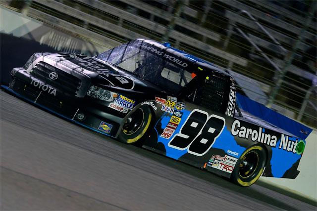 NASCARトラック:クラフトンがタイトルに王手(1)