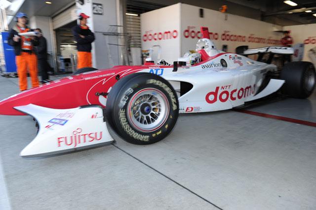 JAF Grand Prix:朝のSFフリー走行は松田が首位に(3)