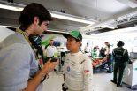 F1   可夢偉の金曜:「噂は気にしてもしょうがない」