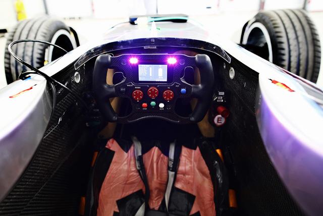 トゥルーリがフォーミュラEをテスト「F1思い出す」(5)