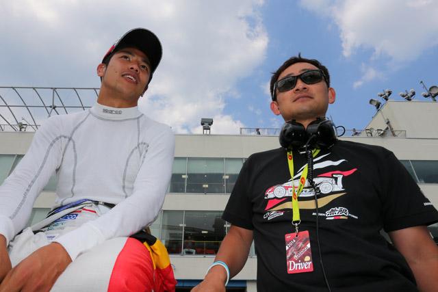 スーパーGT鈴鹿テストにマコウィッキ、道上が参加!(2)
