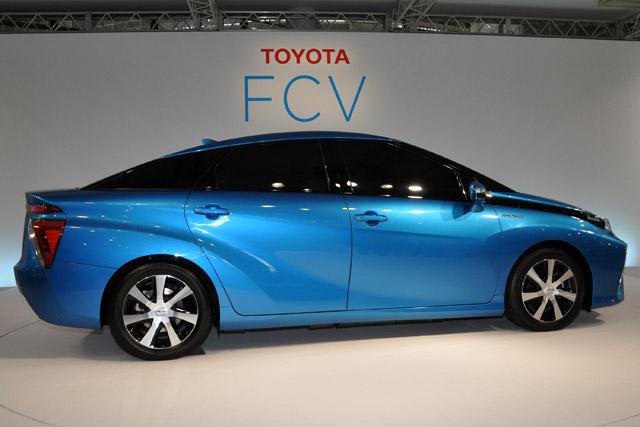 トヨタ、燃料電池自動車を14年度内に販売開始(2)