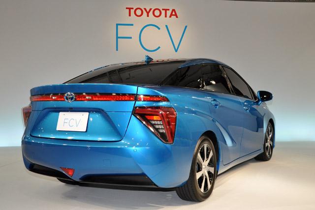トヨタ、燃料電池自動車を14年度内に販売開始(3)