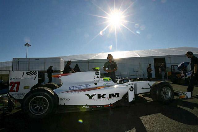 公哉、GP2ソチで初入賞「レース2は短く感じた」(2)