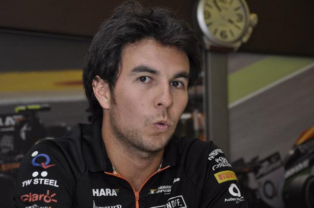 F1速報からの質問に答えてくれるセルジオ・ペレスさん