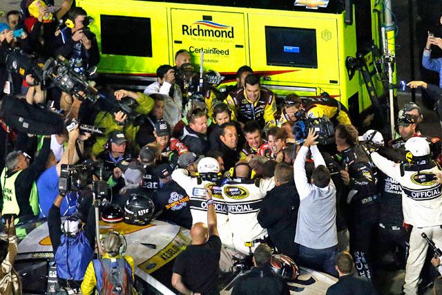 NASCAR:乱闘騒ぎのヘンドリックにペナルティ(1)