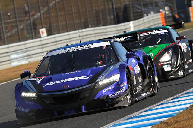 ホンダ、18号車がSGT最終戦で3位表彰台を獲得(3)