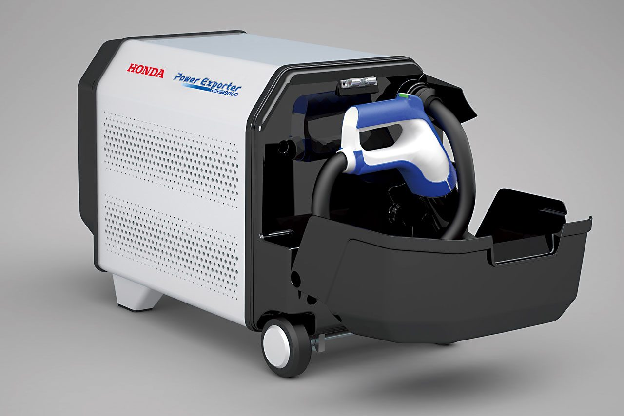 ホンダ、新燃料電池車『FCV CONCEPT』を初披露(4)