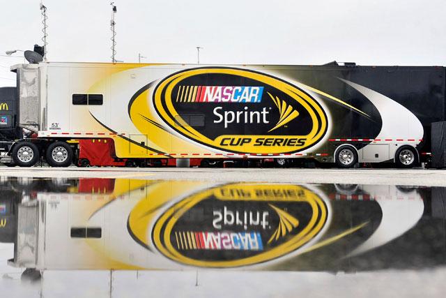 スプリント、NASCAR冠スポンサー契約を16年で終了(1)