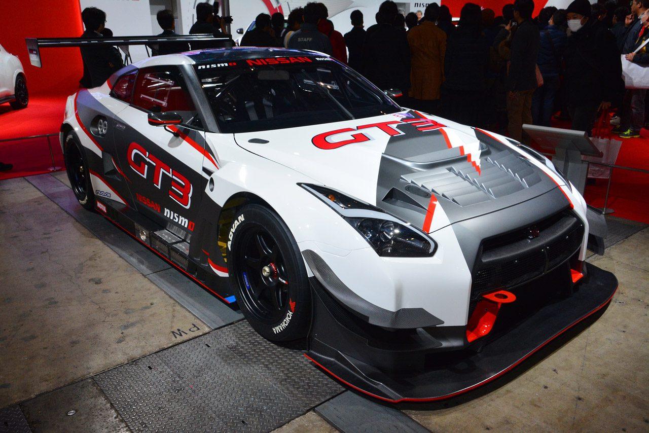 GT-R GT3の15年仕様に初のカラーリング版(1)