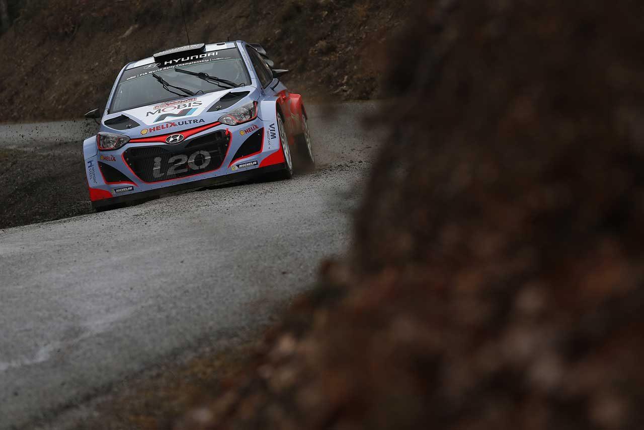 ヒュンダイ、シーズン後半に新型i20 WRCを投入(3)