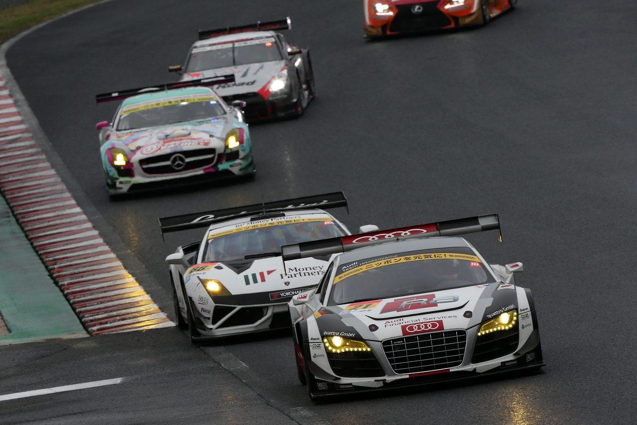 GT300は盤石の速さをみせたプリウスが開幕勝利!(4)