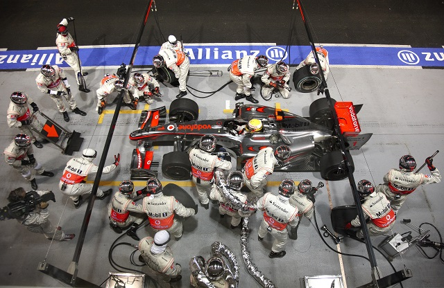 レース中の給油復活、6秒速いマシン…F1新規則案発表(1)