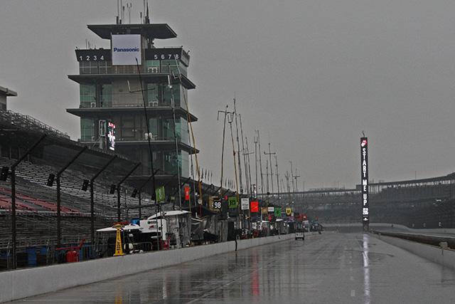 インディ500予選1日目は、降雨により中止に(1)
