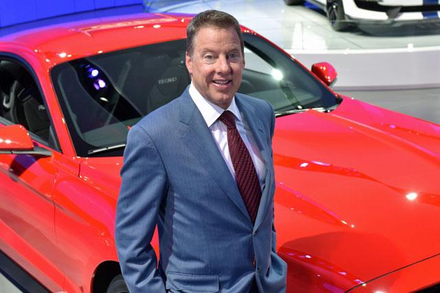 フォード会長がル・マン24時間のスタート旗を担当(1)