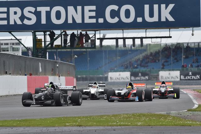 AUTO GP、台数減少に伴うシリーズ休止を発表(1)