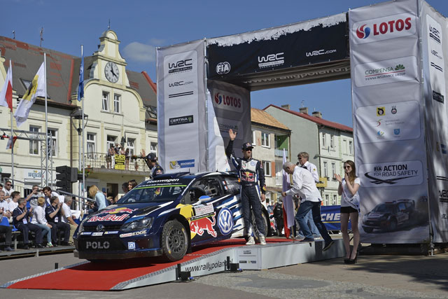 WRCポーランド:オジェ首位。クビカが僅差で続く(1)