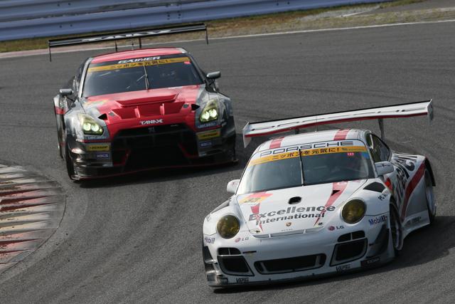 Porsche Team KTR、トラブルに見舞われリタイア