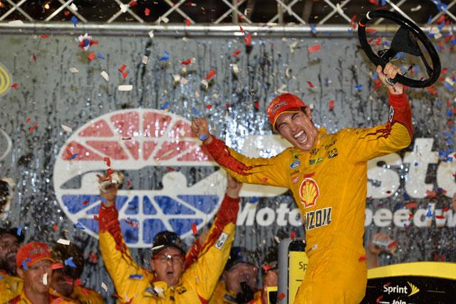 NASCAR:接近戦を制してロガーノが今季3勝目(2)