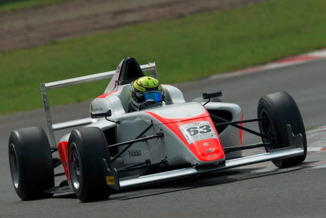 篠原拓朗、FIA-F4 SUGOで自己最高位の4位入賞(2)
