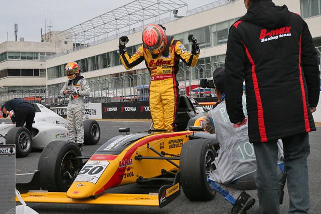 FIA-F4選手権AP:坪井が戴冠に王手。山田初V(1)