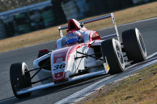 FIA-F4選手権AP:坪井が戴冠に王手。山田初V(3)