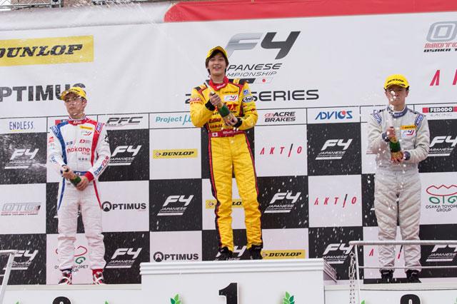 山田真之亮、FIA-F4第12戦で今季初優勝を飾る
