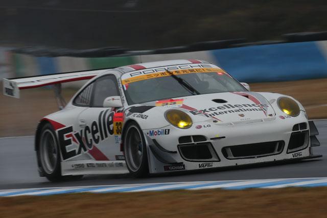 GT300:決勝日朝もプリウス首位。僅差でSLS続く(4)