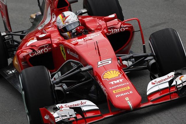 16年型フェラーリに「目立った変更点」とベッテル(1)